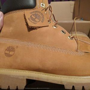 Size 11.5 timberland boots